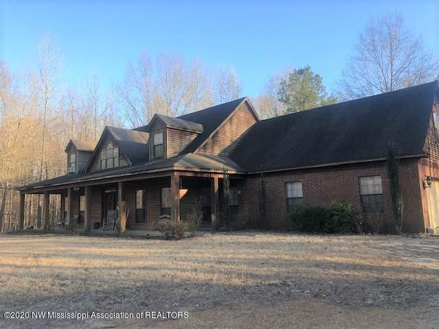 7565 W Oak Grove Road, Hernando, MS 38632