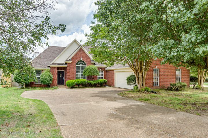 9583 S Meade Circle, Olive Branch, MS 38654