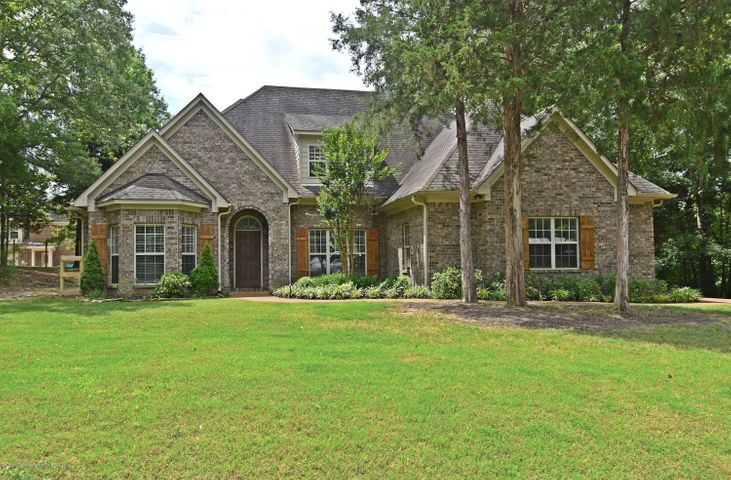 8019 Betty Browning Pass, Olive Branch, MS 38654