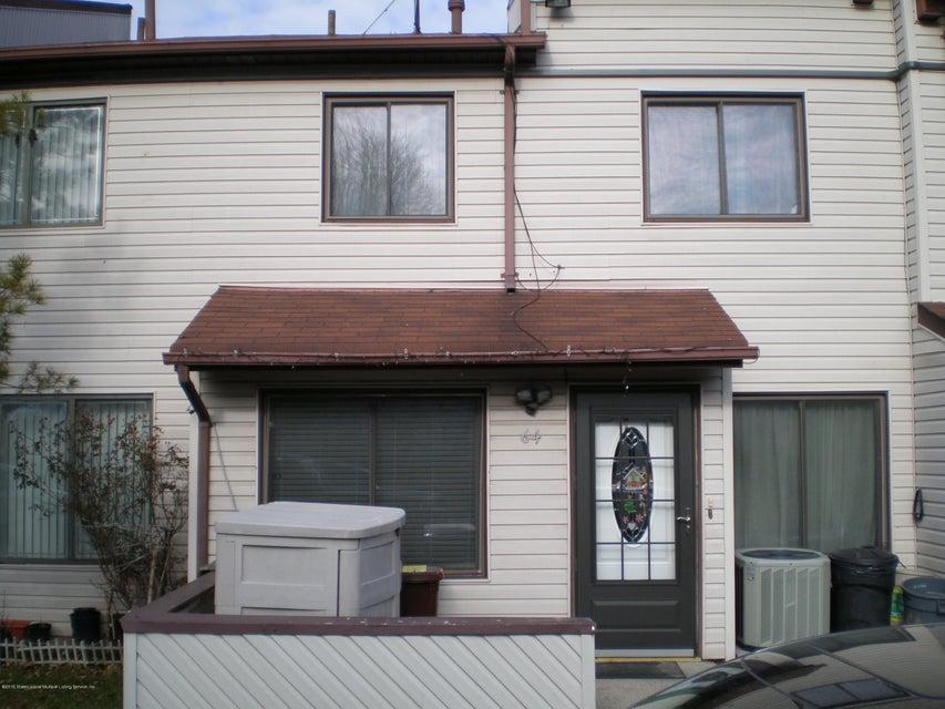 64 Wolkoff Lane, Staten Island, NY 10303