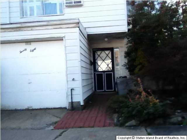 28 Birch Lane, Staten Island, NY 10312