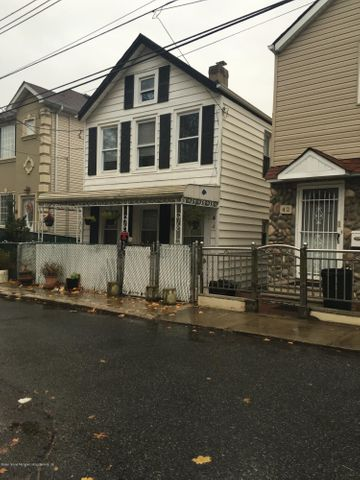 44 White Plains Avenue, Staten Island, NY 10305