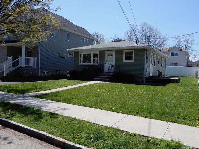 82 Burgher Avenue, Staten Island, NY 10306