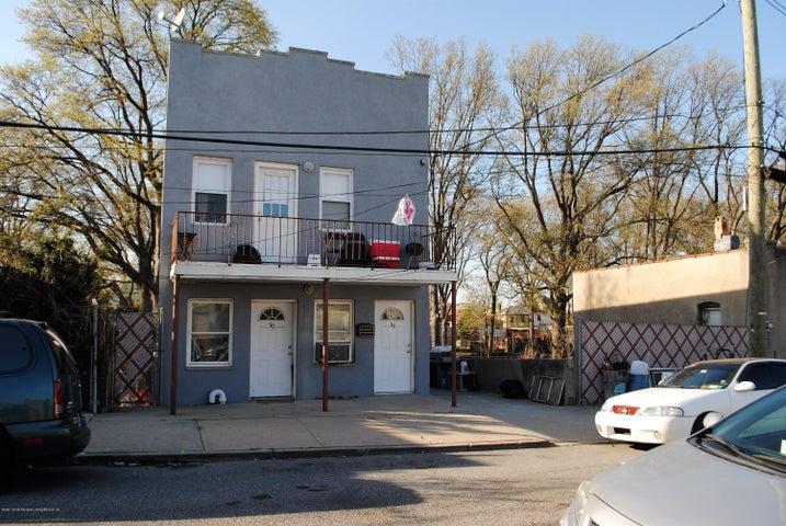 30 Shaughnessy Lane, Staten Island, NY 10305