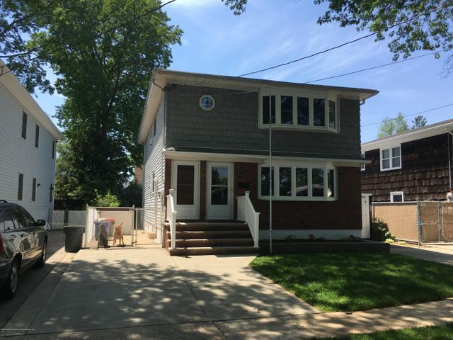31 Galloway Avenue, Staten Island, NY 10302