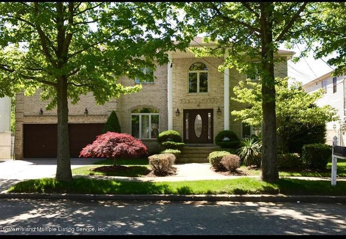 36 Giegerich Place, Staten Island, NY 10307