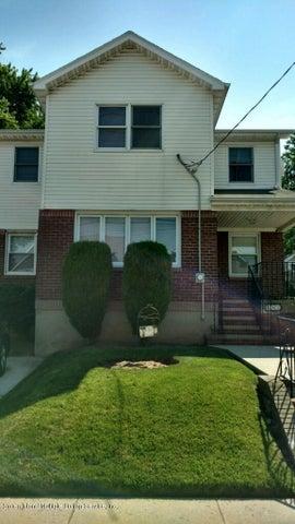 147 Giffords Lane, Staten Island, NY 10308
