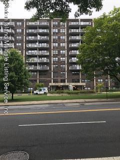 1100 Clove Road, 2 E, Staten Island, NY 10301