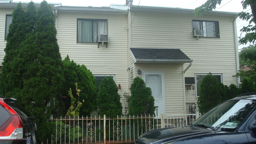 423 Weser Avenue, Staten Island, NY 10304
