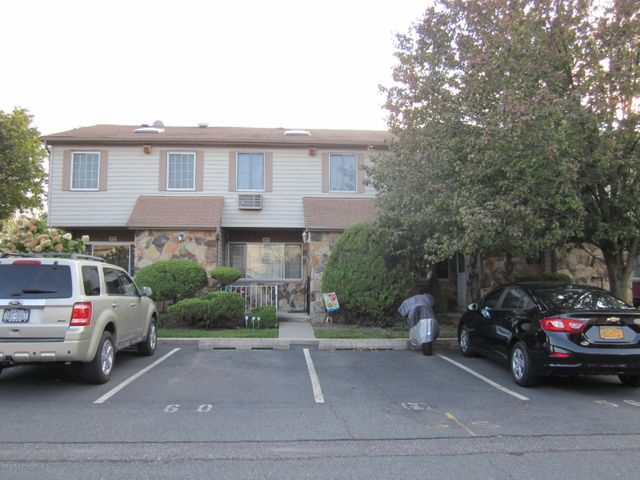 56 Holiday Way, Staten Island, NY 10314