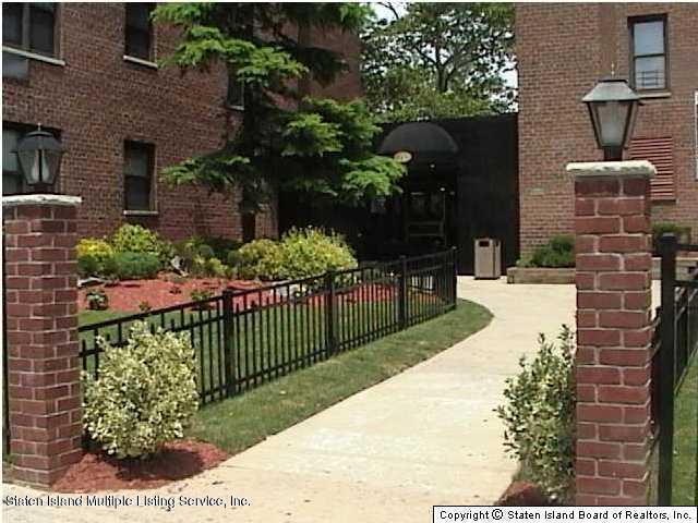 145 Lincoln Avenue, 7 U, Staten Island, NY 10305