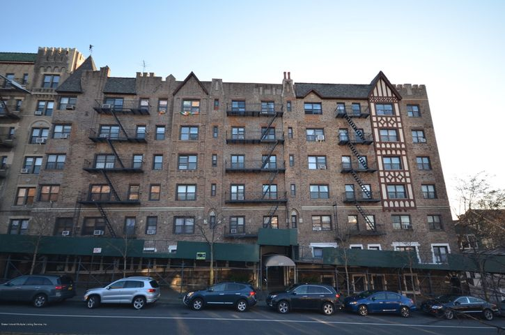 130 Bay Ridge Parkway, 4e, Brooklyn, NY 11209