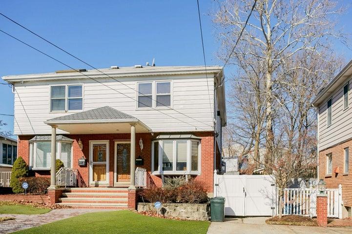 87 Lyman Avenue, Staten Island, NY 10305