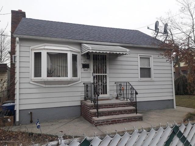 90 Piave Avenue, Staten Island, NY 10305