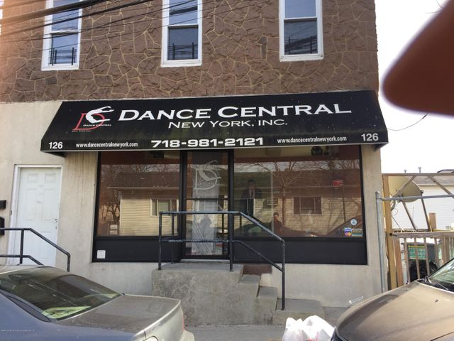 126 Fingerboard Road, Staten Island, NY 10305