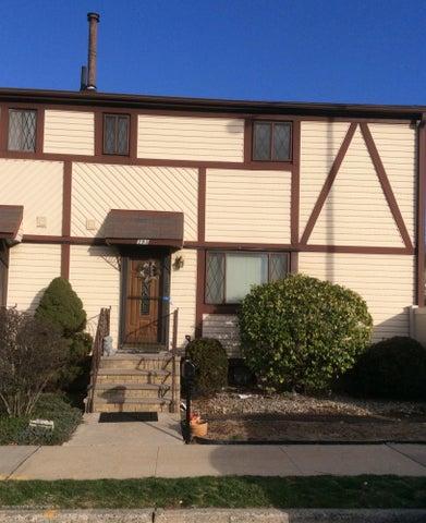 393 Hawthorne Avenue, Staten Island, NY 10314