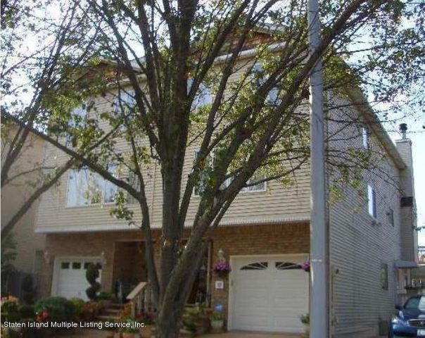 15 Monterey Avenue, Staten Island, NY 10312