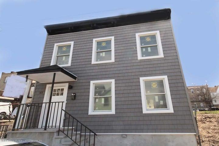 62 Thompson Street, Staten Island, NY 10304