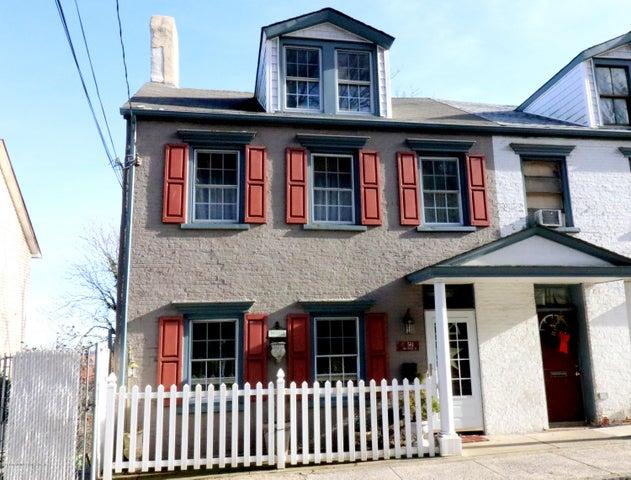 561 Van Duzer Street, Staten Island, NY 10304