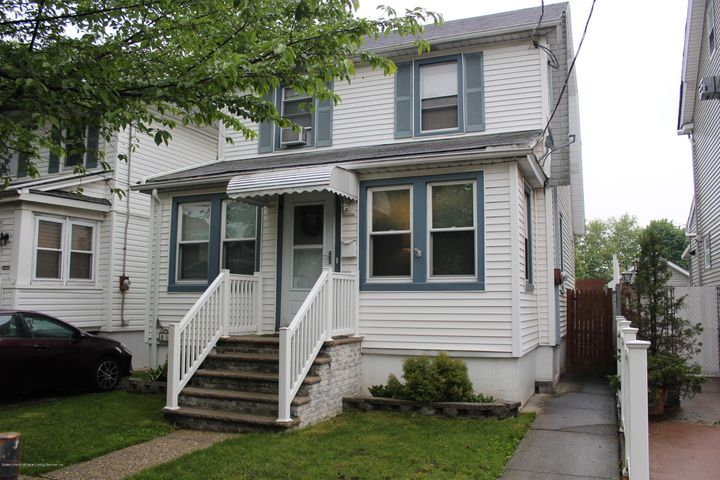 181 Lexington Avenue, Staten Island, NY 10302