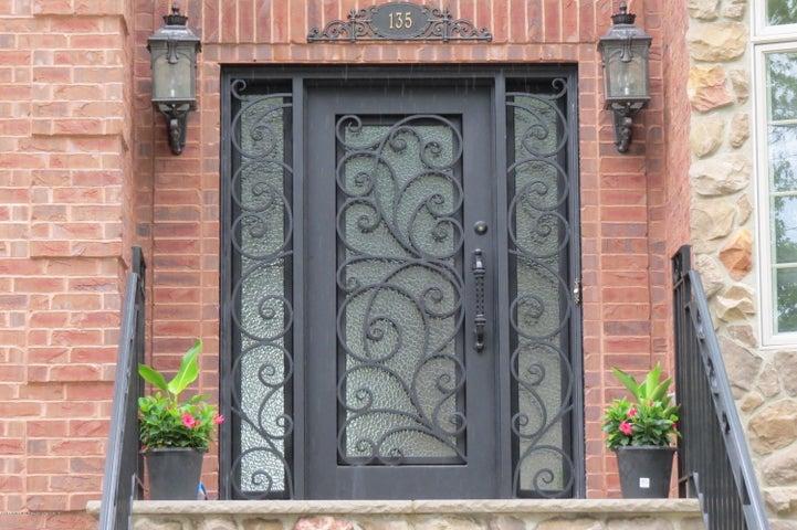 135 Oak Avenue, Staten Island, NY 10306