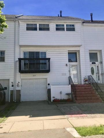 59 Hampton Green, Staten Island, NY 10312