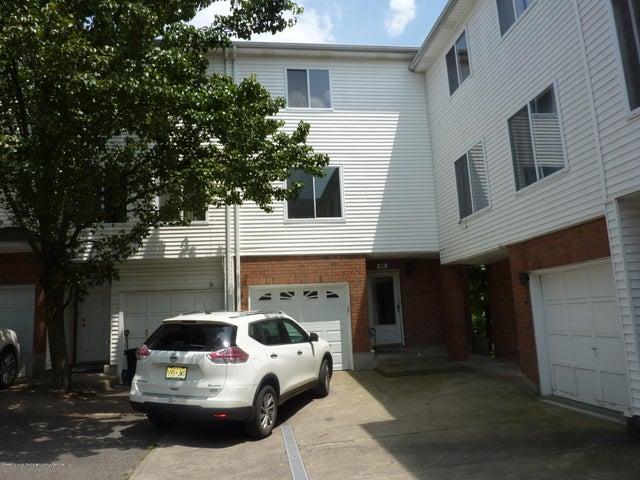 52 Emily Lane, Staten Island, NY 10312