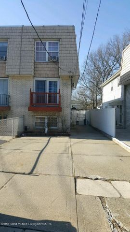 410 Willow Road W, Staten Island, NY 10314