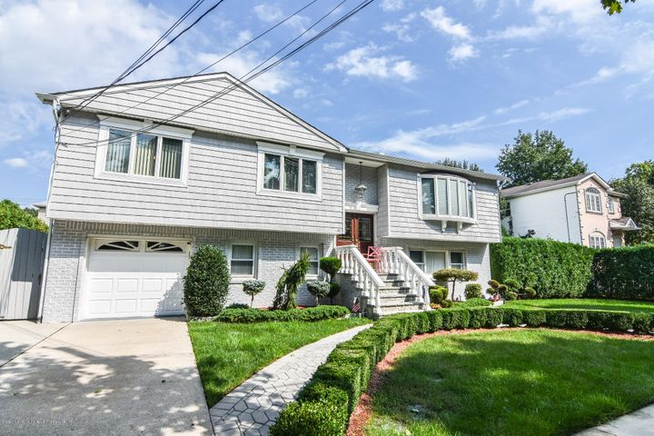 45 Tuckahoe Avenue, Staten Island, NY 10312