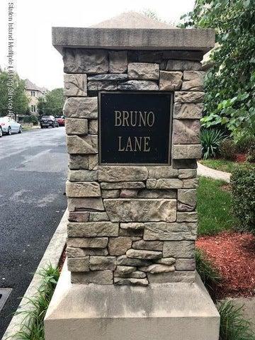 39 Bruno Lane, Staten Island, NY 10307