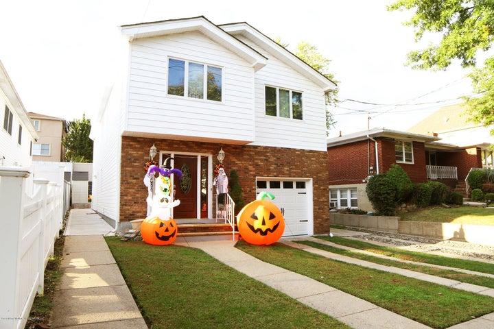 657 Edgegrove Avenue, Staten Island, NY 10312