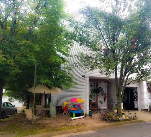 258 Ilyssa Way, Staten Island, NY 10312