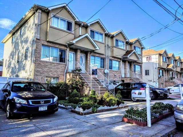 19 Winfield Avenue, Staten Island, NY 10305