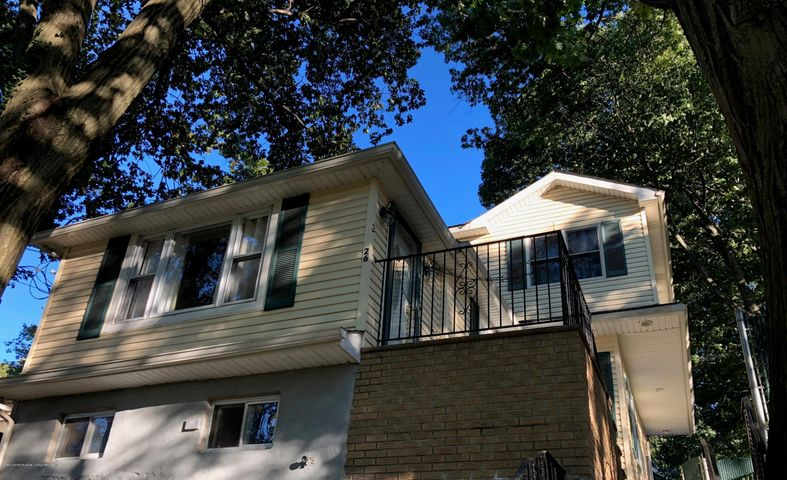 26 Glenwood Avenue, Staten Island, NY 10301