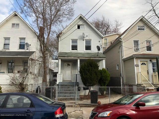143 Simsonson Avenue, Staten Island, NY 10303