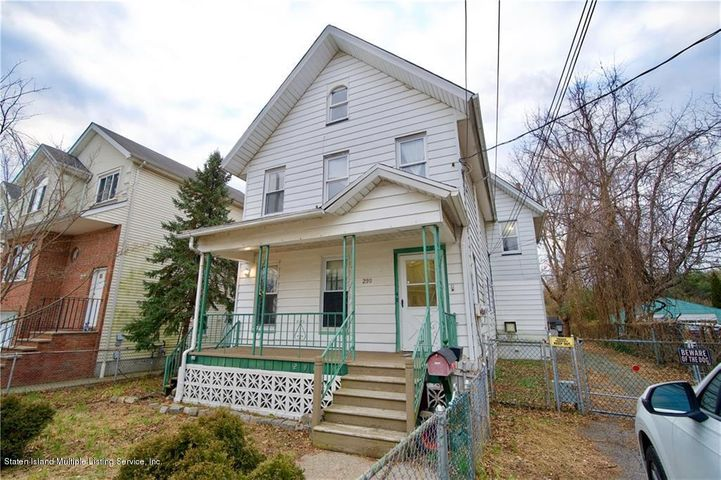 298 Harbor Road, Staten Island, NY 10303