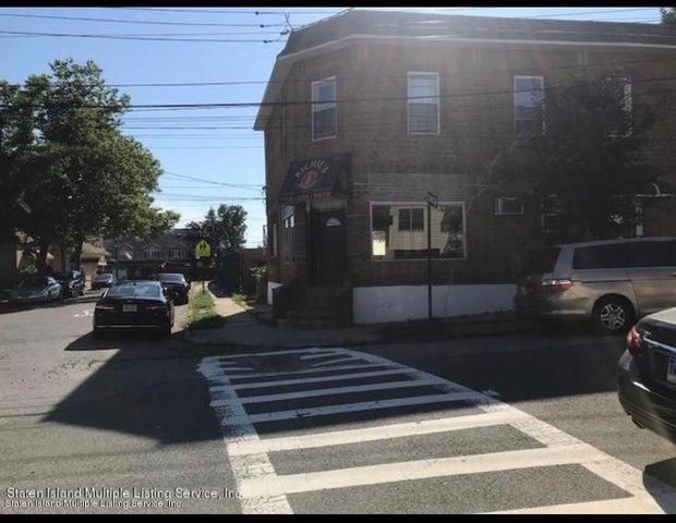 195 Cedar Avenue, Staten Island, NY 10305