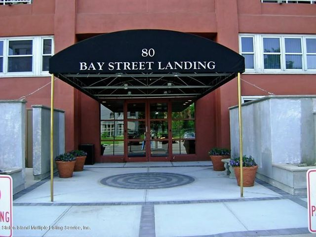 LUXURY GATED BAY STREET LANDING