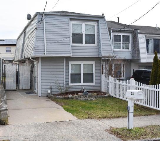 26 Mc Cormick Place, Staten Island, NY 10305