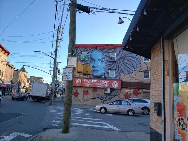 580 Bay Street, Staten Island, NY 10304