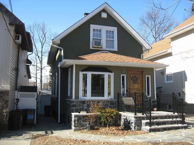 502 Yetman Avenue, Staten Island, NY 10307