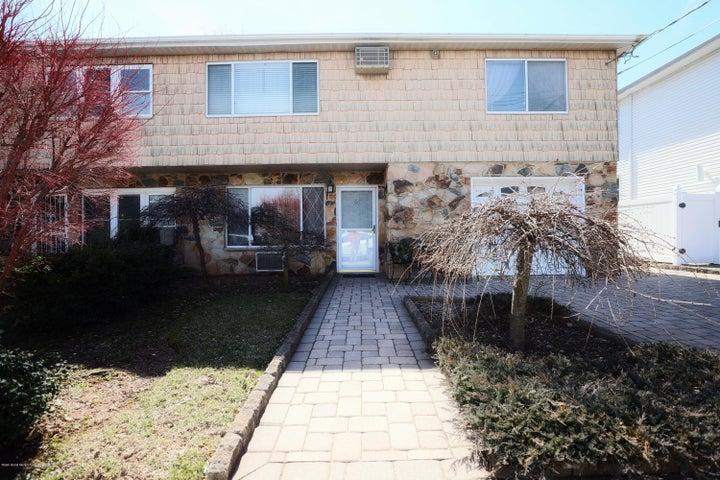 60 Robinson Avenue, Staten Island, NY 10312