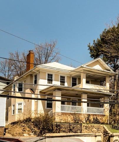 1381 Richmond Road, Staten Island, NY 10306