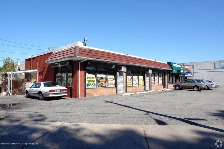 1060 Richmond Road, Staten Island, NY 10304