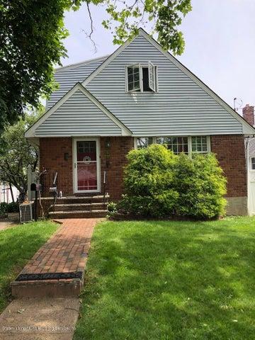 27 Orchard Lane, Staten Island, NY 10312