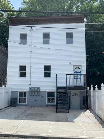 88 Taft Avenue, Staten Island, NY 10301