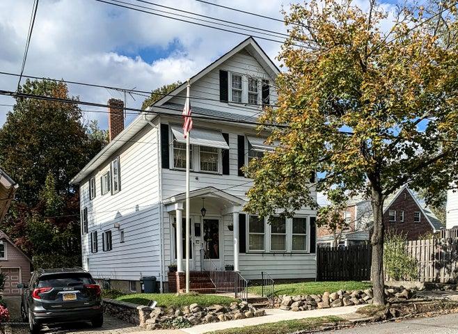 Welcome to 113 Van Cortlandt Avenue