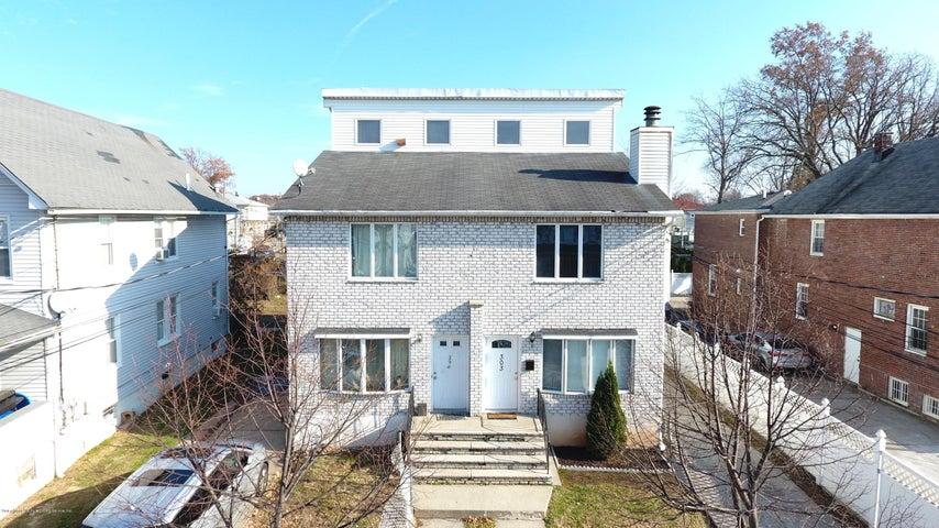 303 Van Pelt Avenue, Staten Island, NY 10303