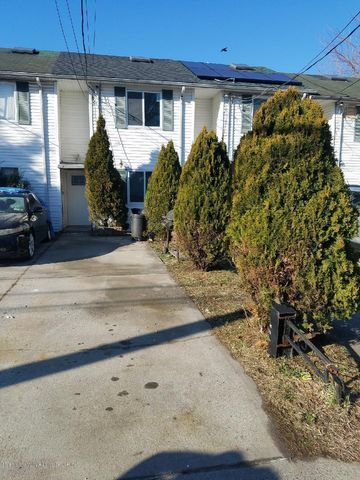 142 N Burgher Avenue, Staten Island, NY 10310