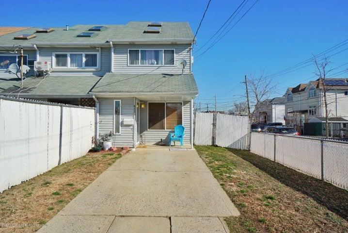 613 Lincoln Avenue, Staten Island, NY 10306